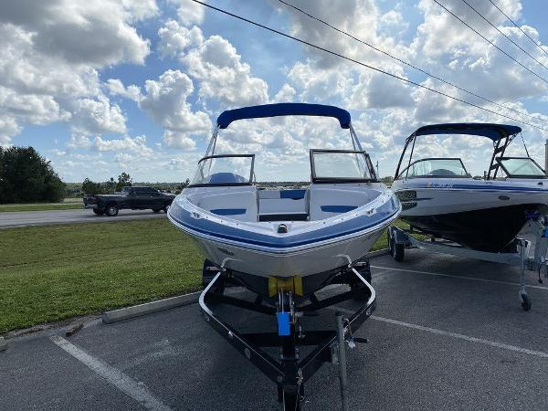 2016 Regal boat for sale, model of the boat is 1900ESX & Image # 9 of 9