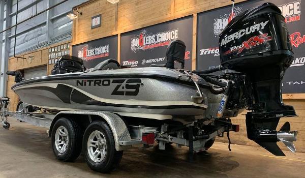 2014 Nitro boat for sale, model of the boat is Z Series Z-9 & Image # 4 of 17