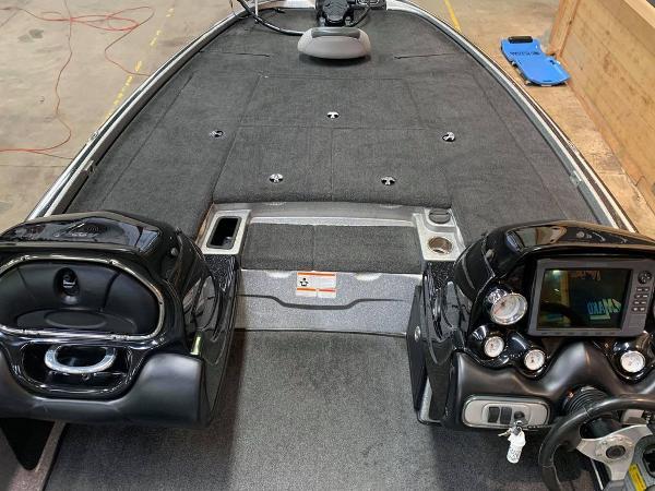 2014 Nitro boat for sale, model of the boat is Z Series Z-9 & Image # 5 of 17
