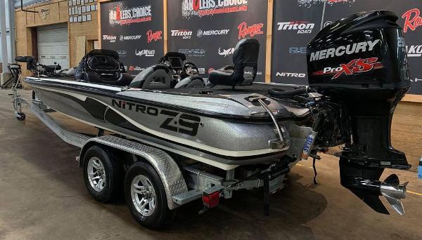 2014 Nitro boat for sale, model of the boat is Z Series Z-9 & Image # 7 of 17