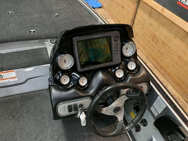 2014 Nitro boat for sale, model of the boat is Z Series Z-9 & Image # 9 of 17