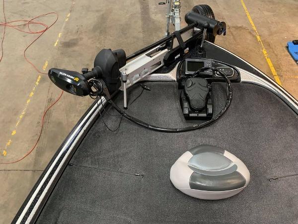 2014 Nitro boat for sale, model of the boat is Z Series Z-9 & Image # 11 of 17