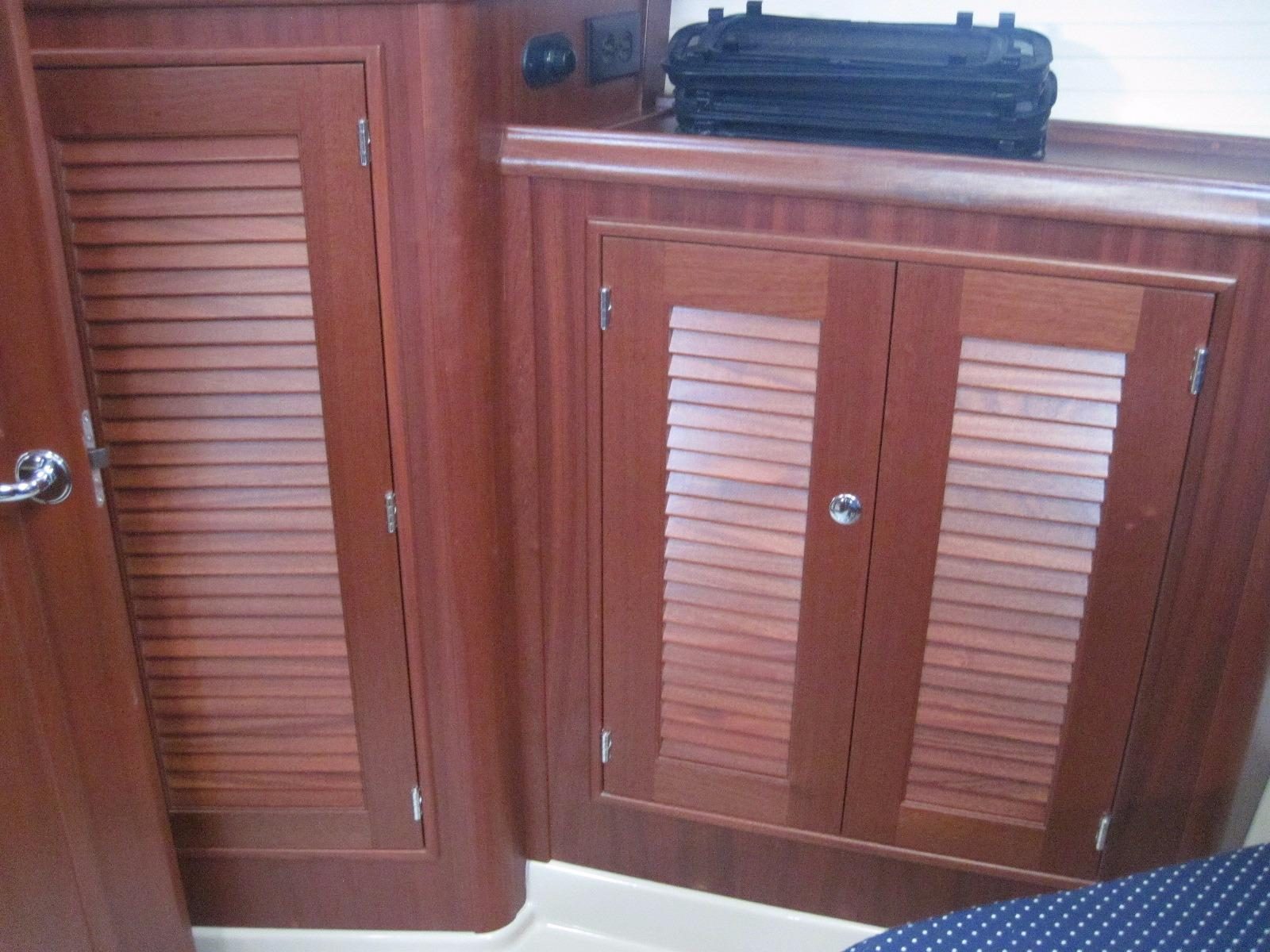 Additional Storage Fwd Cabin