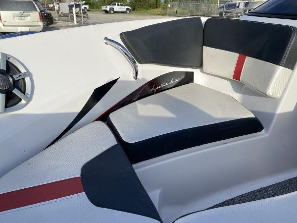 2015 Four Winns boat for sale, model of the boat is H 180 OB & Image # 2 of 10