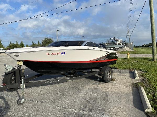 2015 Four Winns boat for sale, model of the boat is H 180 OB & Image # 3 of 10