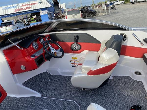 2015 Four Winns boat for sale, model of the boat is H 180 OB & Image # 5 of 10