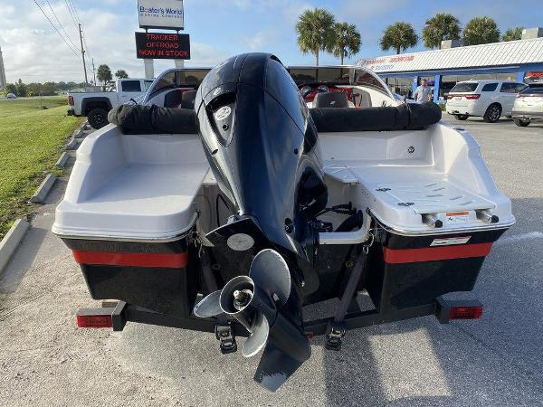 2015 Four Winns boat for sale, model of the boat is H 180 OB & Image # 6 of 10