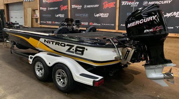 2013 Nitro boat for sale, model of the boat is Z Series Z - 8 & Image # 2 of 17
