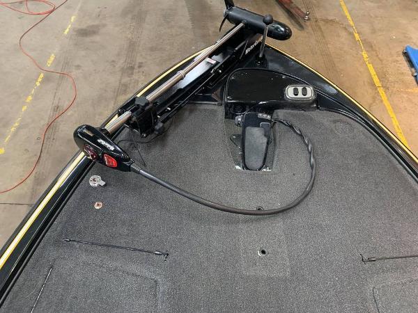 2013 Nitro boat for sale, model of the boat is Z Series Z - 8 & Image # 14 of 17