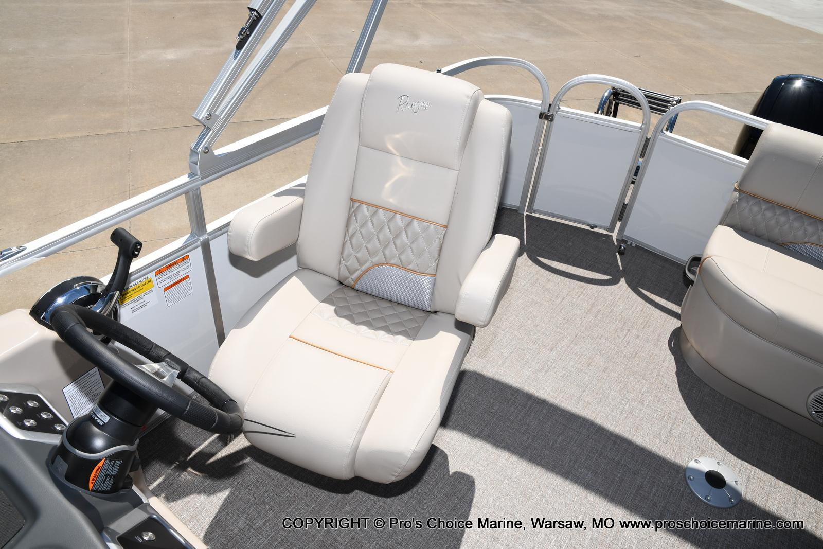 2021 Ranger Boats boat for sale, model of the boat is 223C TRIPLE LOG & Image # 7 of 50