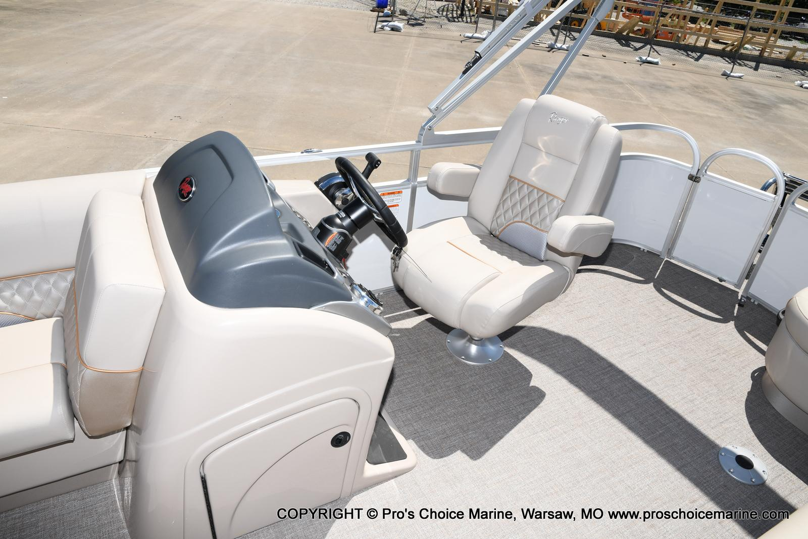 2021 Ranger Boats boat for sale, model of the boat is 223C TRIPLE LOG & Image # 22 of 50