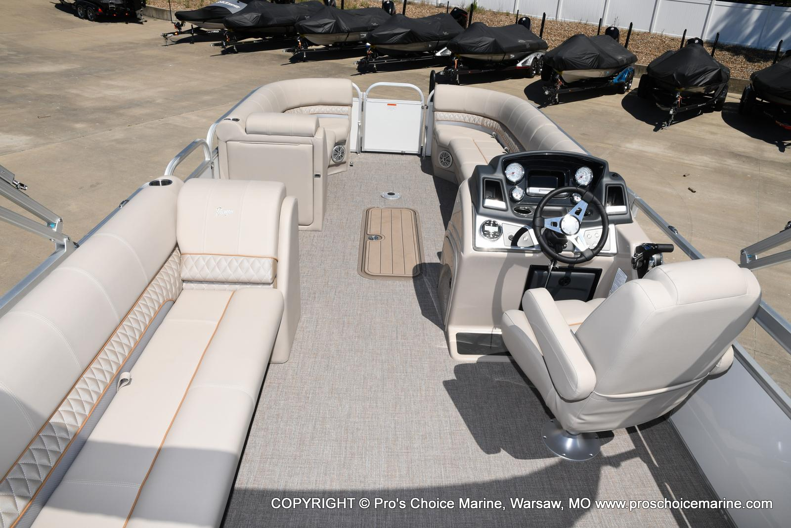 2021 Ranger Boats boat for sale, model of the boat is 223C TRIPLE LOG & Image # 25 of 50