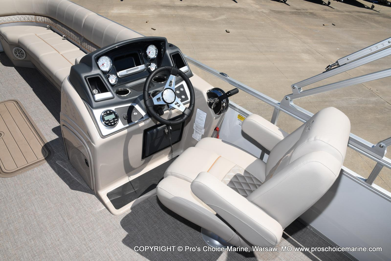 2021 Ranger Boats boat for sale, model of the boat is 223C TRIPLE LOG & Image # 42 of 50