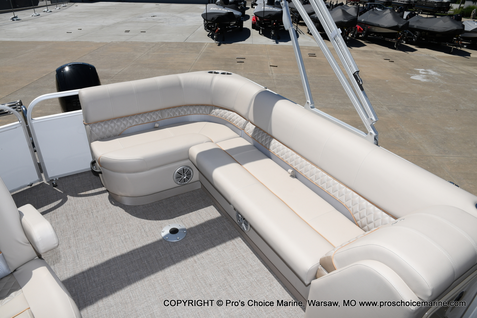 2021 Ranger Boats boat for sale, model of the boat is 223C TRIPLE LOG & Image # 44 of 50