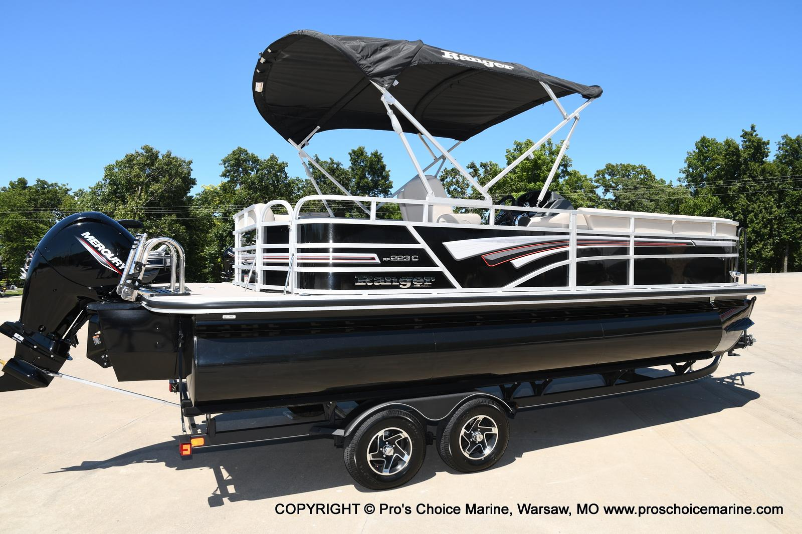 2021 Ranger Boats boat for sale, model of the boat is 223C TRIPLE LOG & Image # 2 of 50