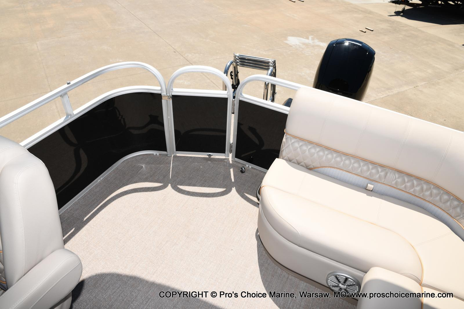 2021 Ranger Boats boat for sale, model of the boat is 223C TRIPLE LOG & Image # 31 of 50