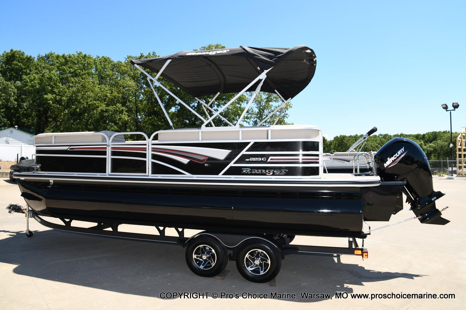 2021 Ranger Boats boat for sale, model of the boat is 223C TRIPLE LOG & Image # 3 of 50