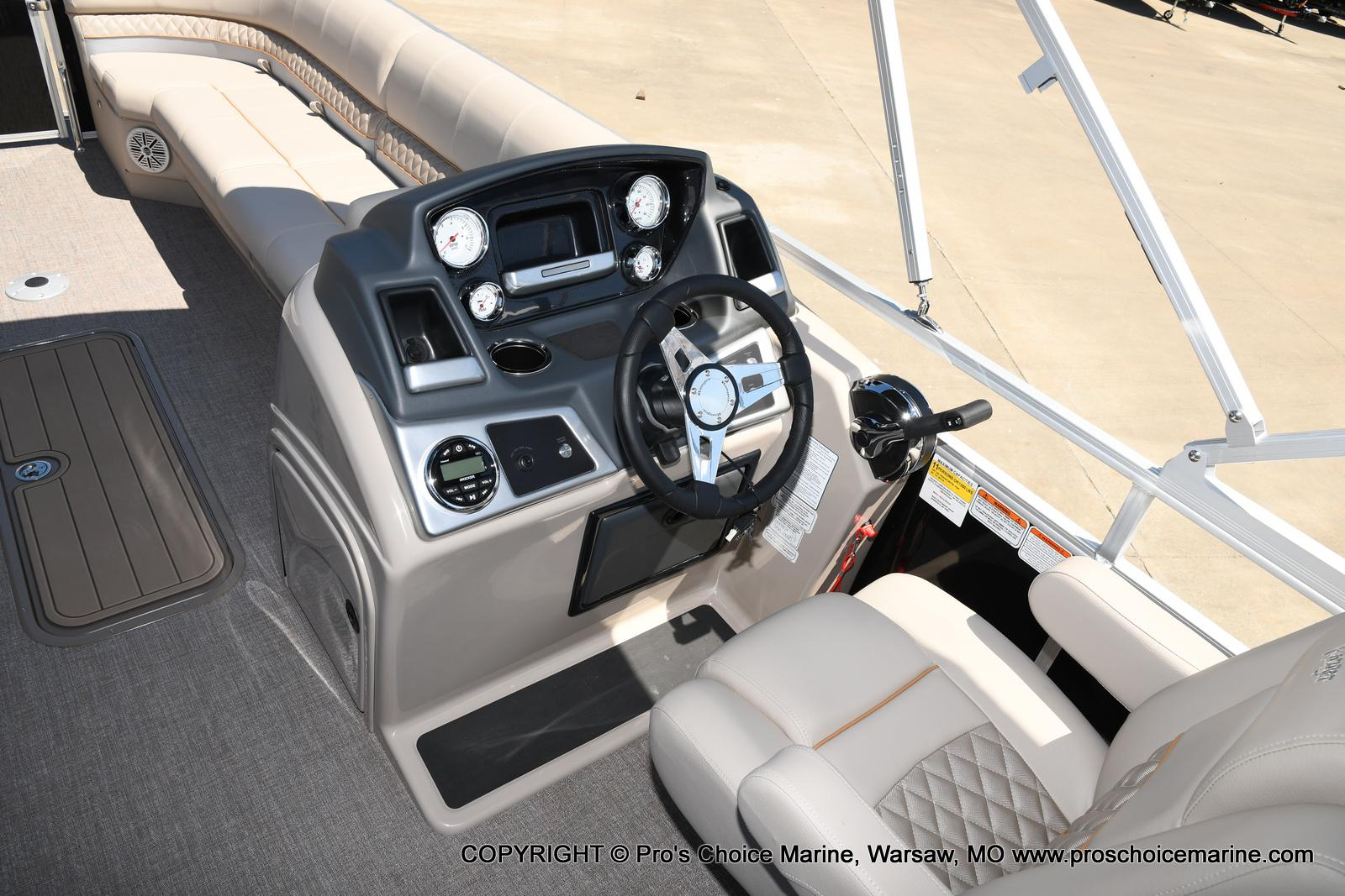 2021 Ranger Boats boat for sale, model of the boat is 223C TRIPLE LOG & Image # 36 of 50