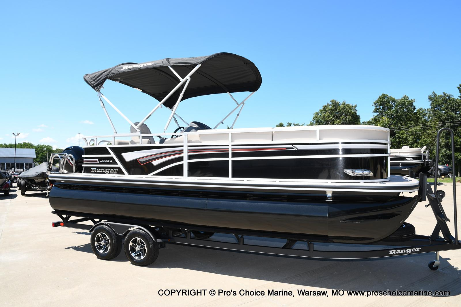 2021 Ranger Boats boat for sale, model of the boat is 223C TRIPLE LOG & Image # 9 of 50