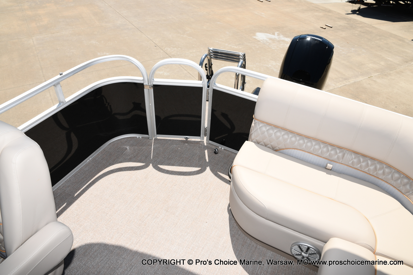 2021 Ranger Boats boat for sale, model of the boat is 223C TRIPLE LOG & Image # 21 of 50
