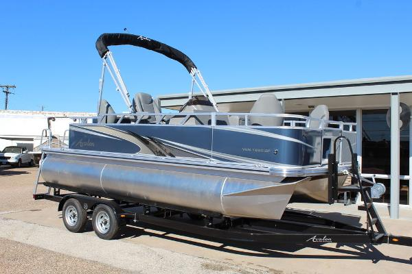 2021 Avalon Venture Rear Fish 18 FT