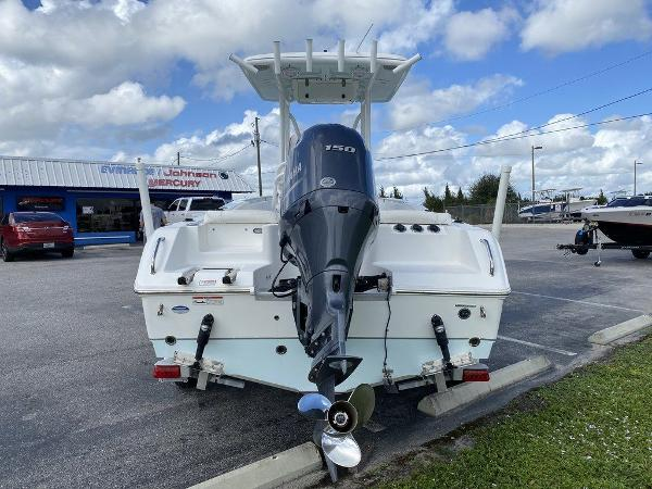 2016 Sea Hunt boat for sale, model of the boat is Ultra 211 & Image # 11 of 11