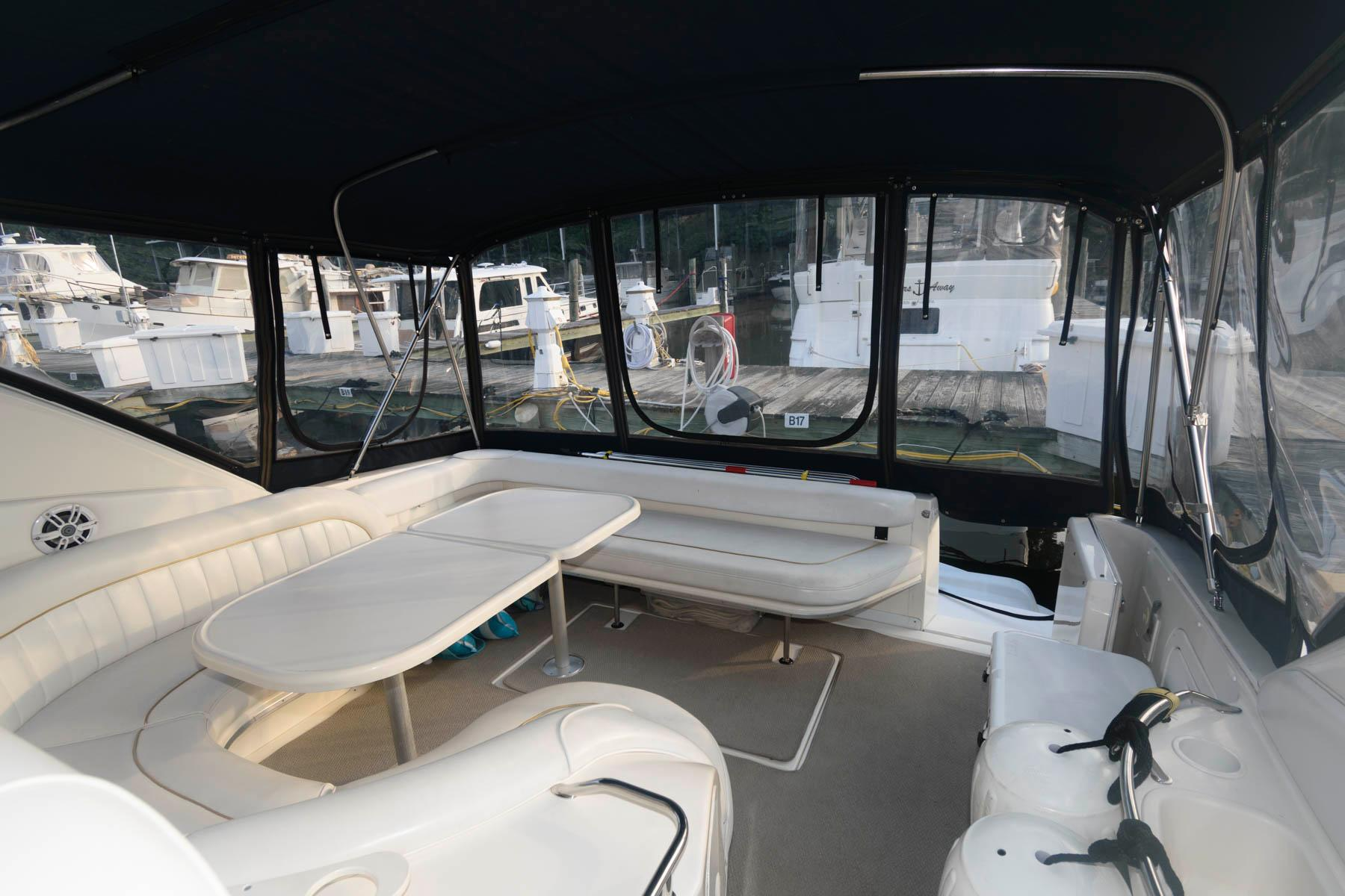 M 6435 RD Knot 10 Yacht Sales