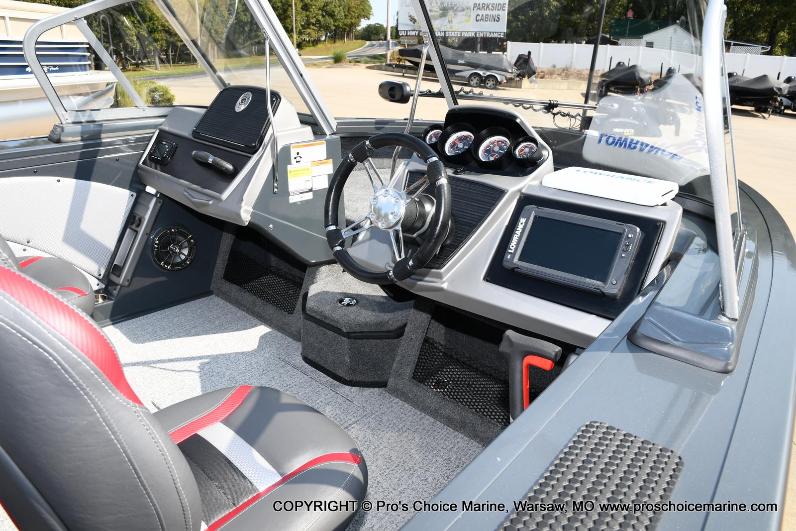 2021 Ranger Boats boat for sale, model of the boat is VX1788 WT w/150HP Mercury 4 Stroke & Image # 16 of 50