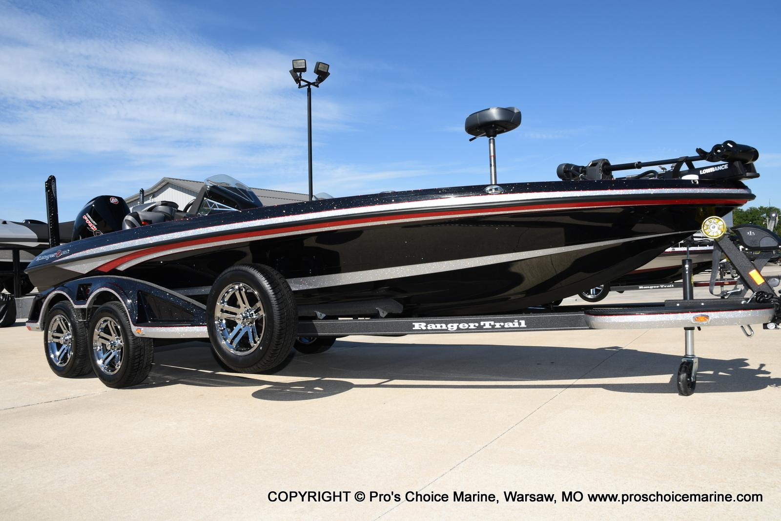2021 Ranger Boats boat for sale, model of the boat is Z521L Cup Equipped DUAL CONSOLE & Image # 2 of 50