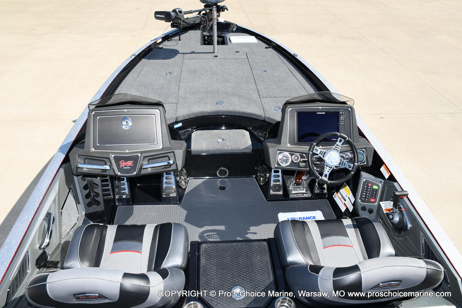 2021 Ranger Boats boat for sale, model of the boat is Z521L Cup Equipped DUAL CONSOLE & Image # 24 of 50