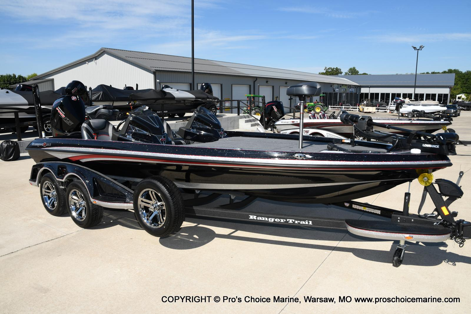2021 Ranger Boats boat for sale, model of the boat is Z521L Cup Equipped DUAL CONSOLE & Image # 3 of 50