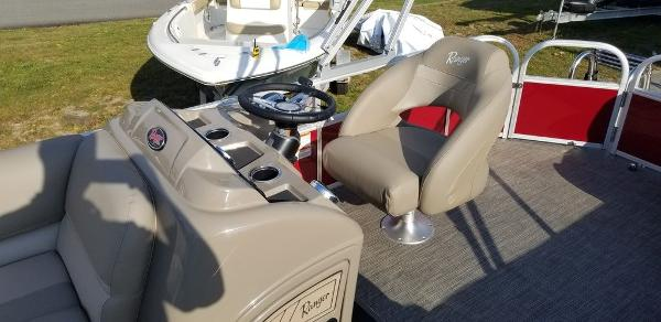 2021 Ranger Boats boat for sale, model of the boat is 200C & Image # 3 of 13