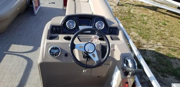 2021 Ranger Boats boat for sale, model of the boat is 200C & Image # 9 of 13