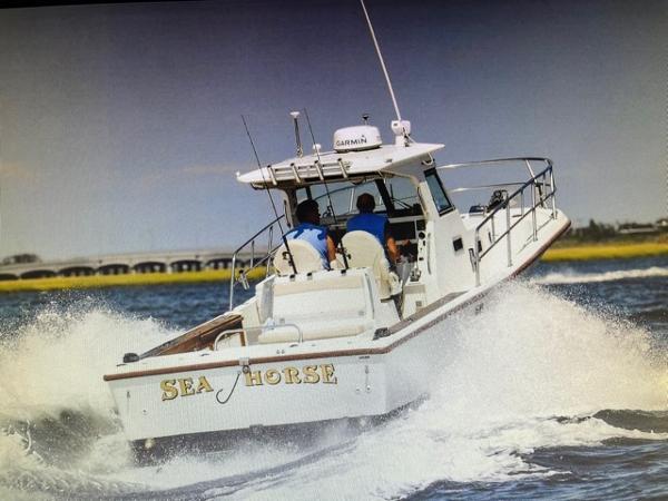 1999 True World Marine 28