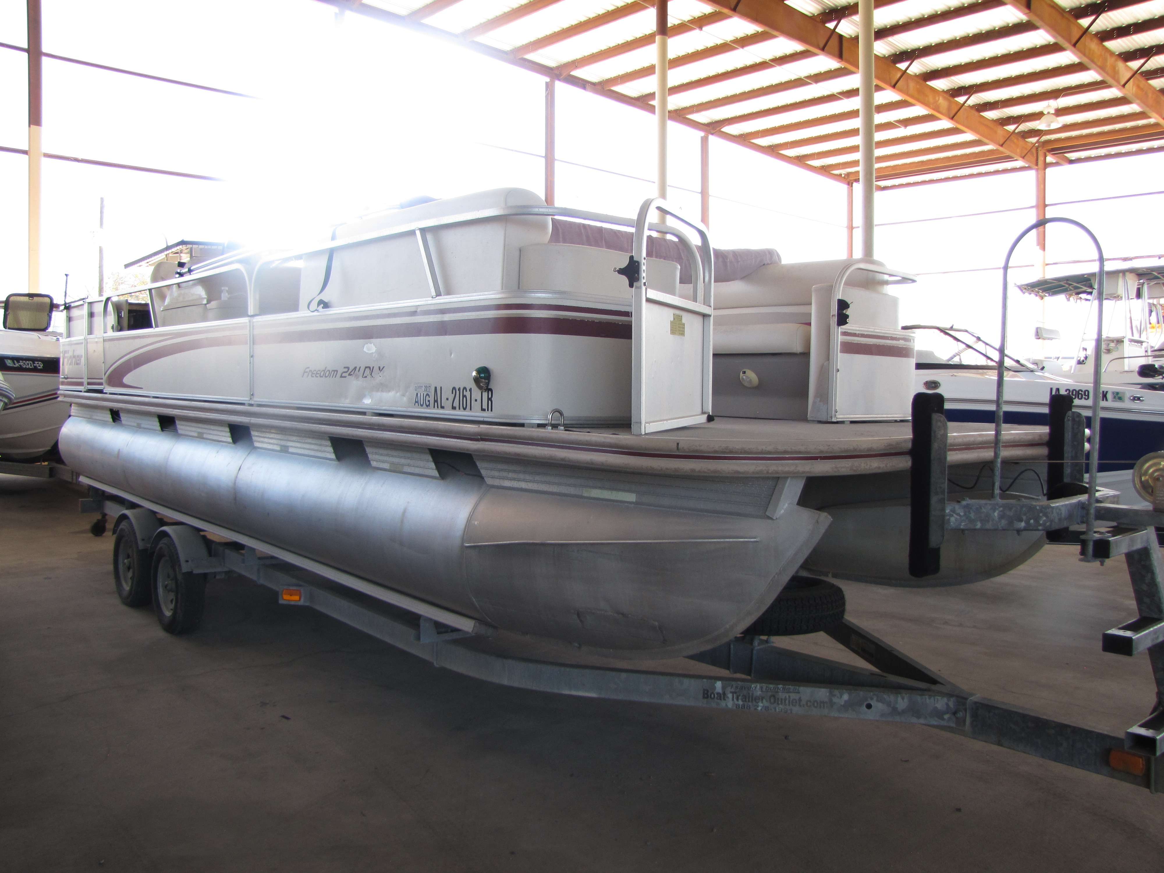 1998 Fisher Boats boat for sale, model of the boat is 241 & Image # 8 of 11