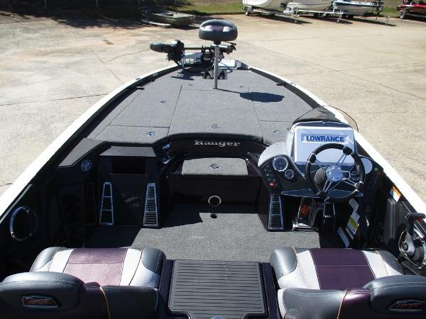 2020 Ranger Boats boat for sale, model of the boat is Z521C Ranger Cup Equipped & Image # 5 of 6