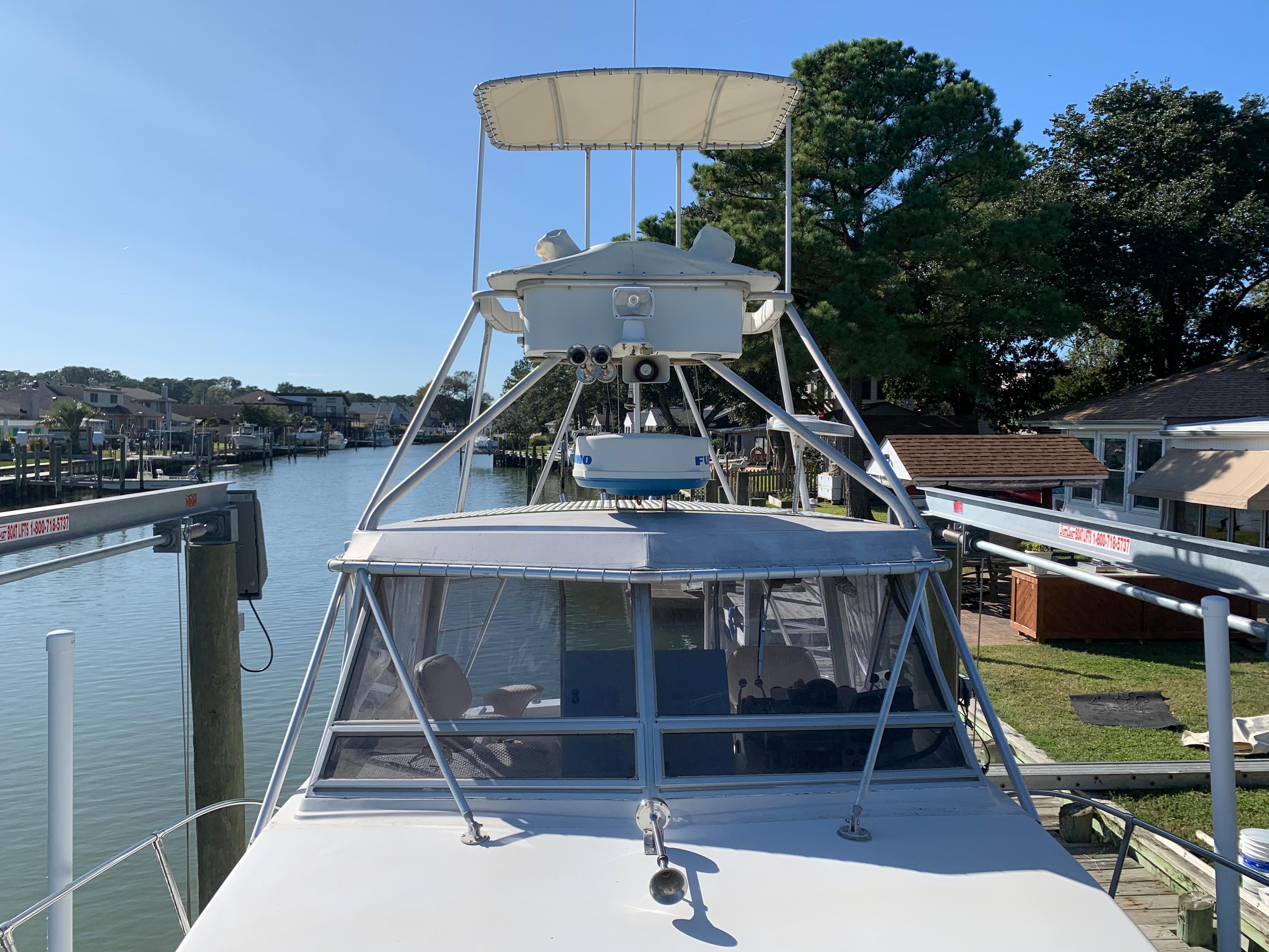 V 5834 BD Knot 10 Yacht Sales
