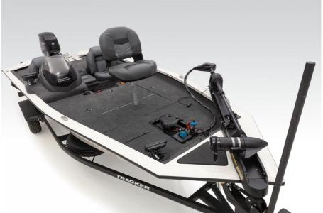 2020 Tracker Boats boat for sale, model of the boat is PT190TXW TOURN ED & Image # 11 of 50