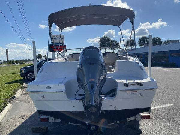 2018 Hurricane boat for sale, model of the boat is SD 217 OB & Image # 7 of 12