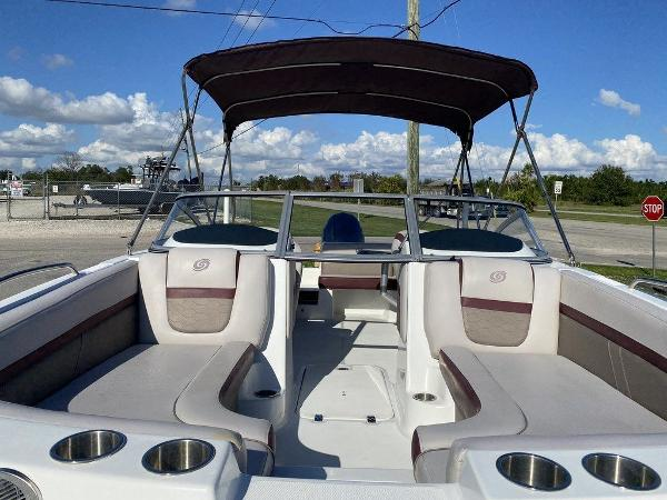 2018 Hurricane boat for sale, model of the boat is SD 217 OB & Image # 10 of 12