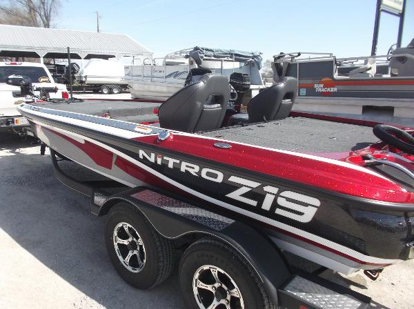 2018 Nitro boat for sale, model of the boat is Z19 & Image # 7 of 19