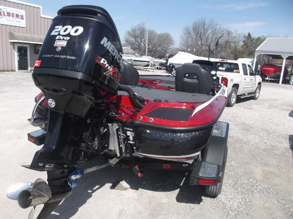 2018 Nitro boat for sale, model of the boat is Z19 & Image # 11 of 19