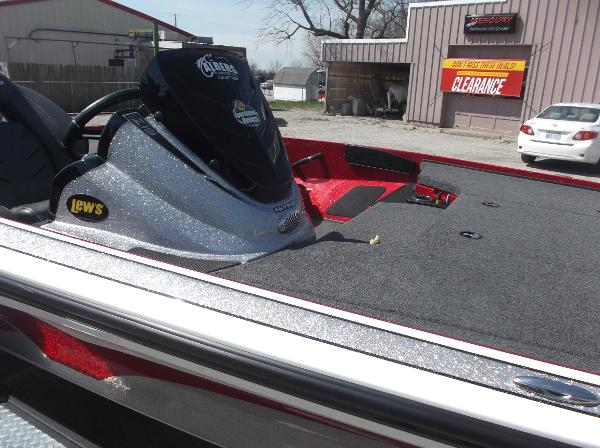2018 Nitro boat for sale, model of the boat is Z19 & Image # 17 of 19