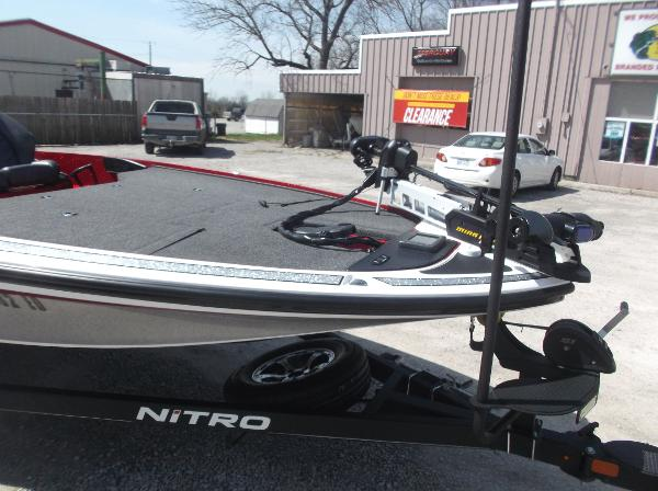 2018 Nitro boat for sale, model of the boat is Z19 & Image # 18 of 19