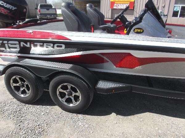 2018 Nitro boat for sale, model of the boat is Z19 & Image # 19 of 19