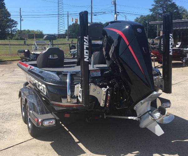 2021 Nitro boat for sale, model of the boat is Z20 Pro & Image # 6 of 8