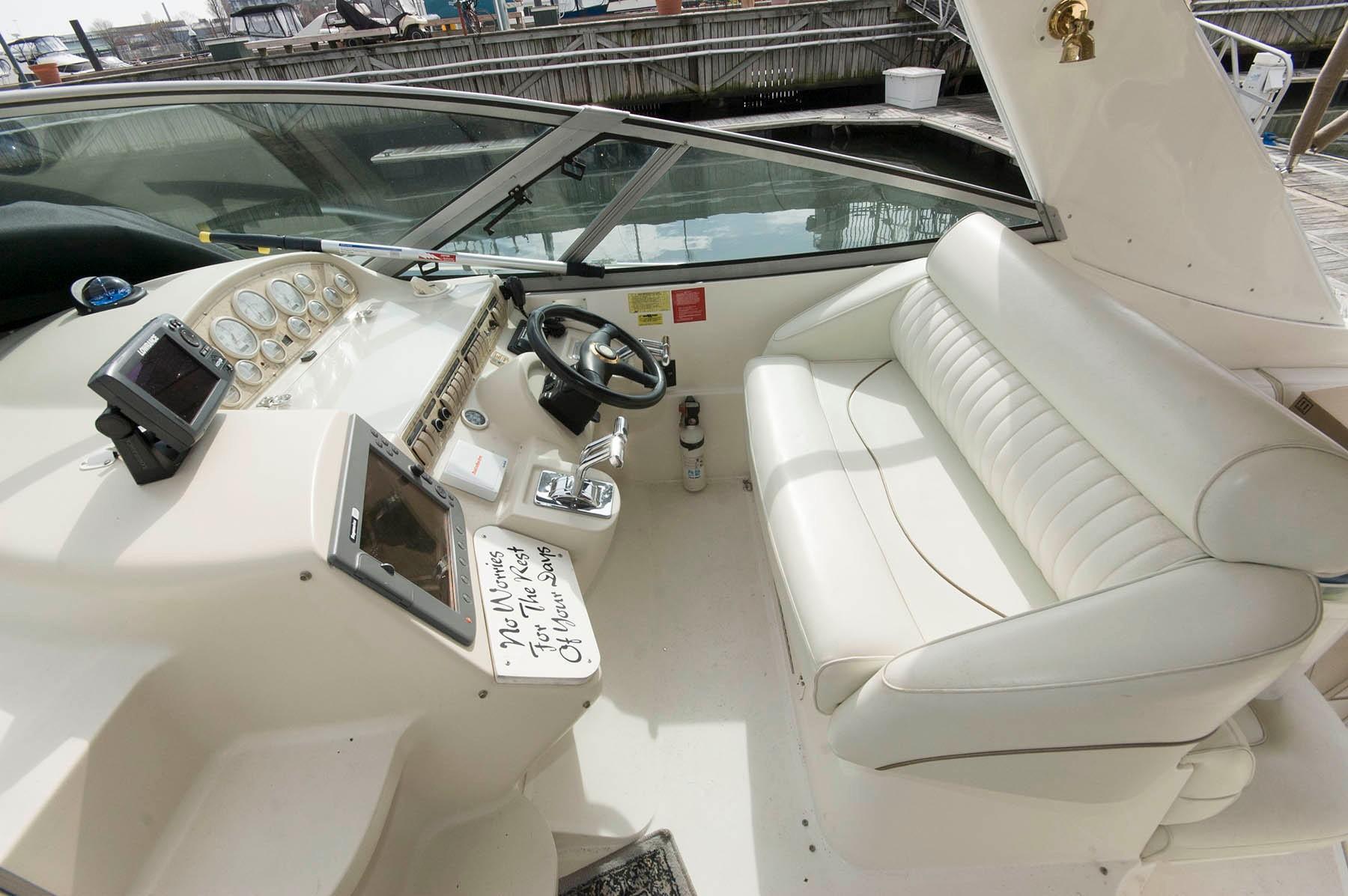 M 5235 JP Knot 10 Yacht Sales