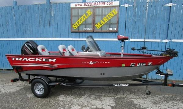 2014 Tracker Boats boat for sale, model of the boat is Pro Guide V-16 SC & Image # 1 of 17