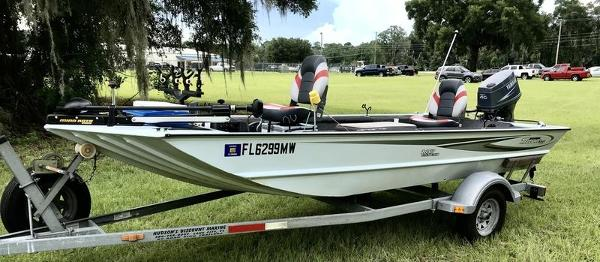 2005 Triton boat for sale, model of the boat is 1653 Stick Steer Boat & Image # 4 of 10