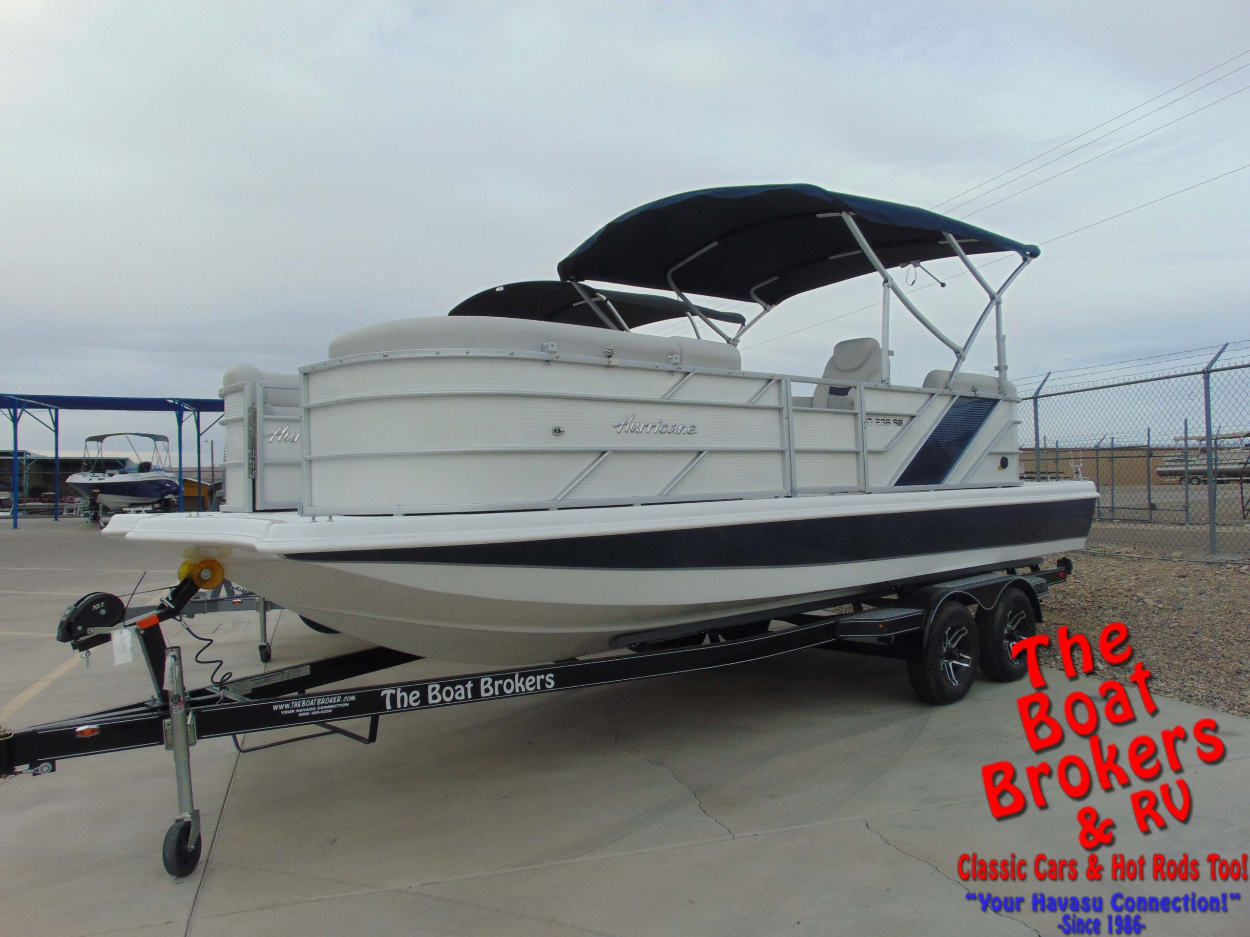 2021 Hurricane FD236SB3-OB Fun Deck Boat